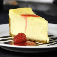 Pixwords The image with cake, eat, cheese, raspberry, plate, sweats Stephen Vanhorn - Dreamstime
