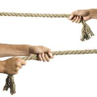 Pixwords The image with rope, hands, fingers Bortn66 - Dreamstime