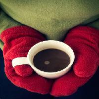 Pixwords The image with cup, coffee, coffe, hands, red, gloves, green Edward Fielding - Dreamstime